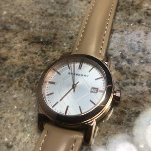 Burberry Watch BU9104 Cute